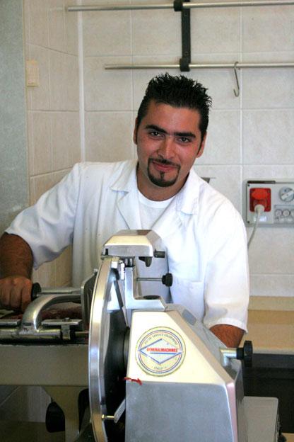 Macelleria Siracusa: il macellaio Santo Italia