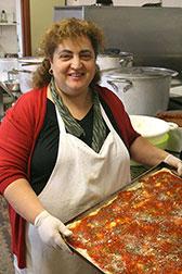 Giusy Bucceri in Italia: la sua cucina tradizionale siciliana è molto apprezzata